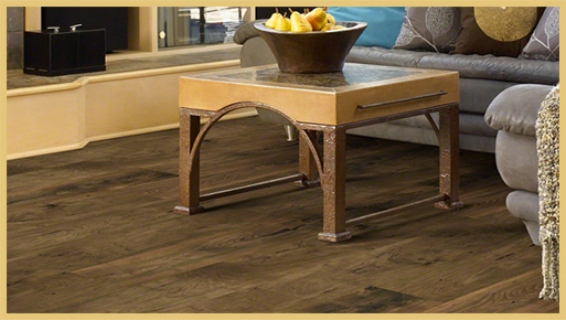 Visit Simmons Floor Covering for the latest trends in laminate & luxury vinyl. You'll be amazed at our selection!